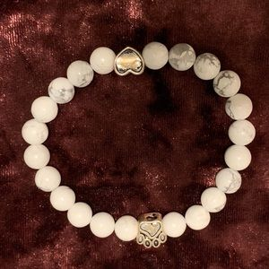 Super cute paws and heart bracelet